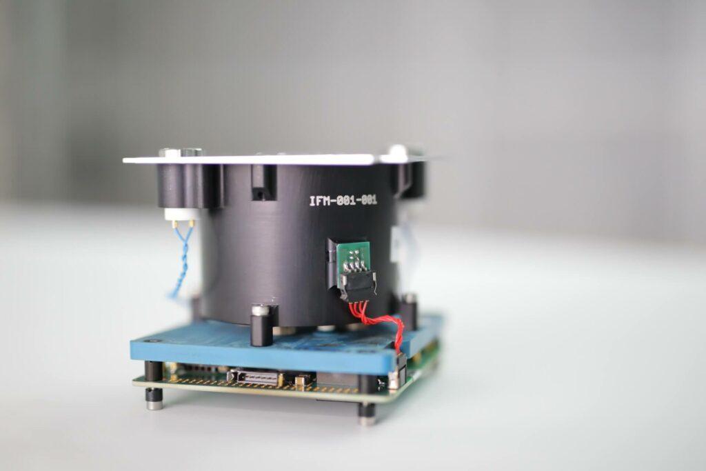 Foto FOTEC Ionentriebwerk