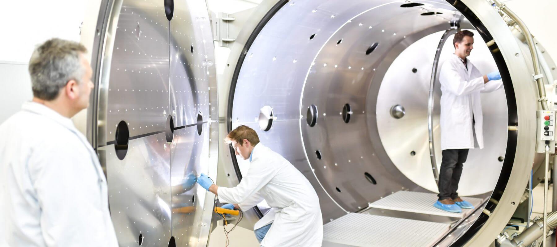Foto Studium Luft- und Raumfahrt Labor CRFHWN